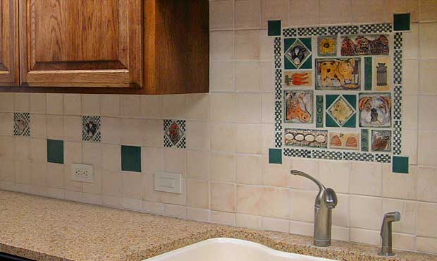 Custom kitchen sink backsplash